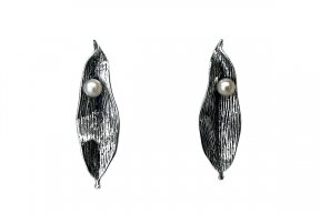 Cultured Pearl Earrings A3266400440