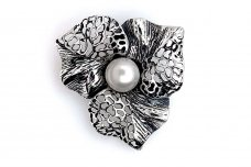 Brooch with Cultured Pearl Sa315350870