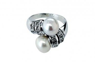 Žiedas su kultivuotais perlais ir Swarovski krištolo akmenukais